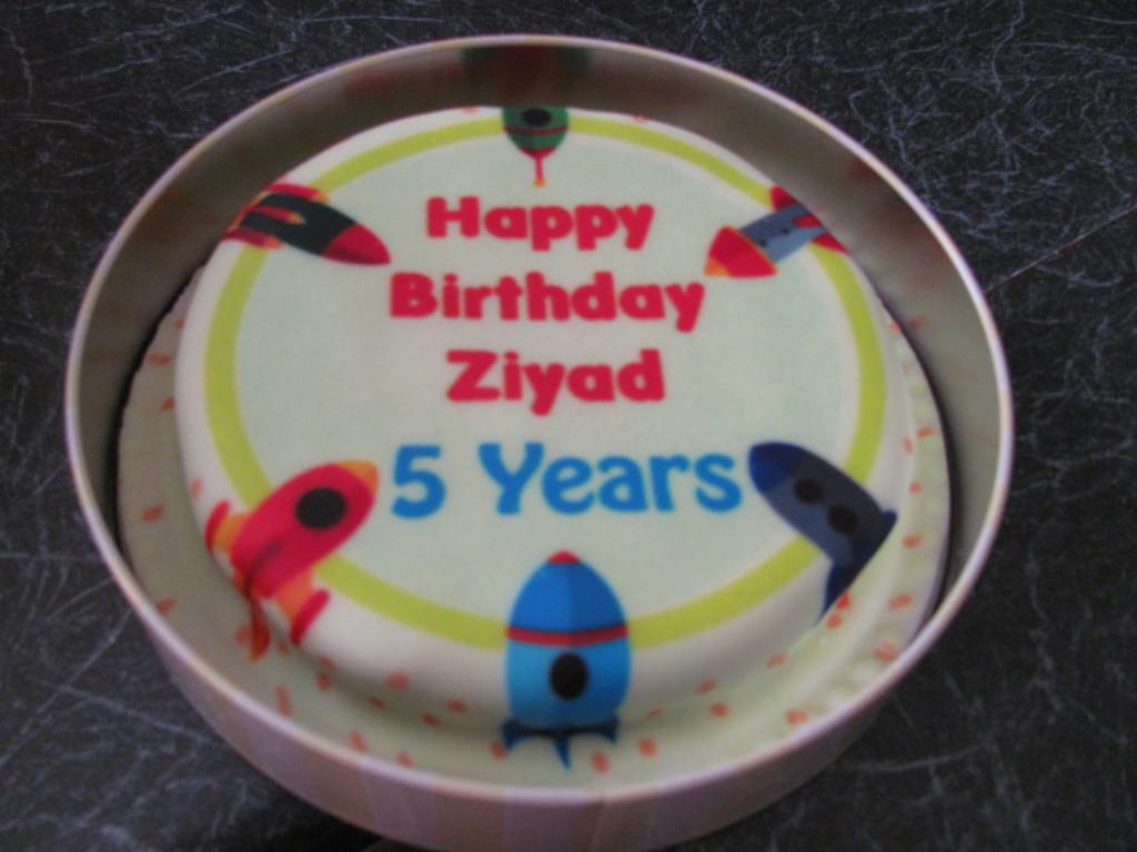 Baker Days Personalised Birthday Cake