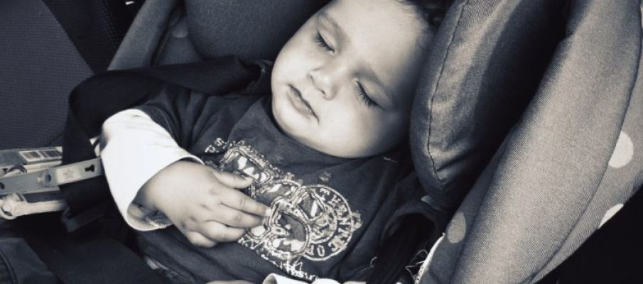 sleepingbabyincar