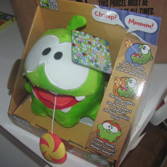 Cut The Rope Candy Monster Om Nom Soft Toy Review