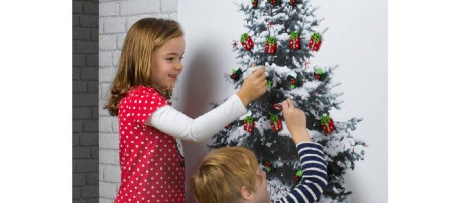 tree_decorating_2_1