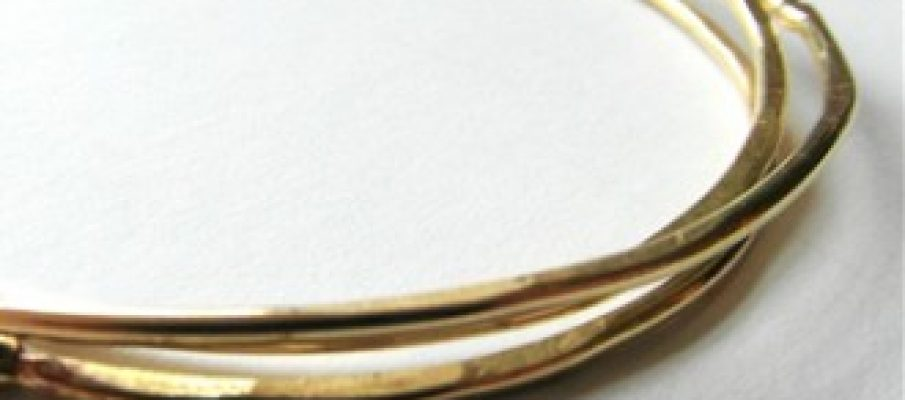 3-brass-bangles-31-330×305