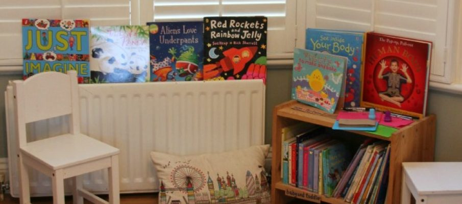 Library-role-play-for-early-literacy-650×1000