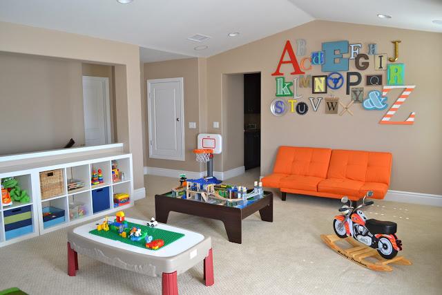 alphabetwallplayroom
