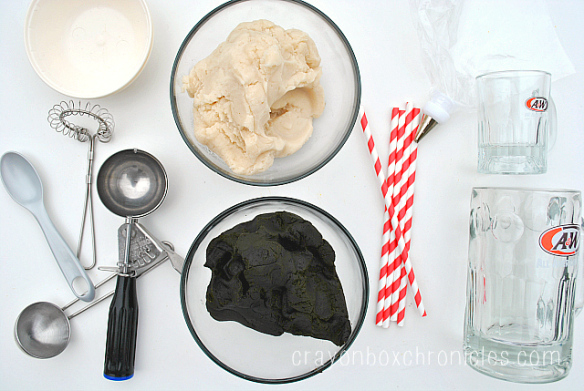 create-and-explore-with-scented-play-dough