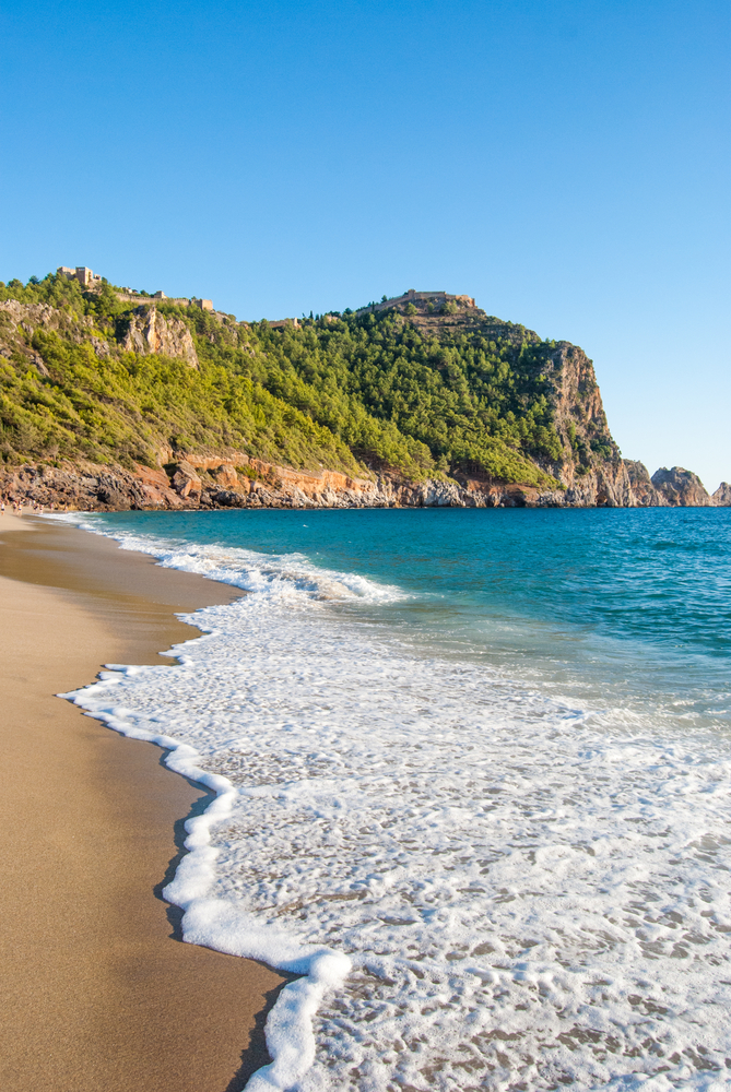 3 Beautiful Beaches To Visit With Your Family In The Playroom