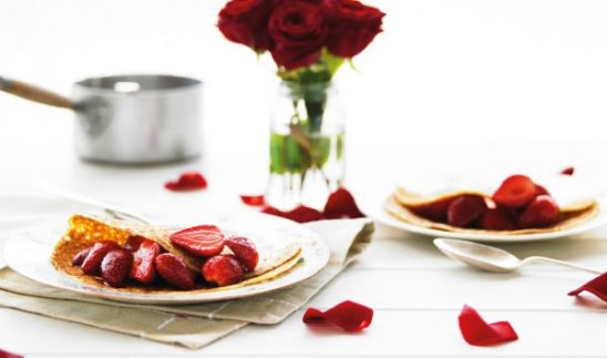 Simple and Delicious Strawberry Pancakes