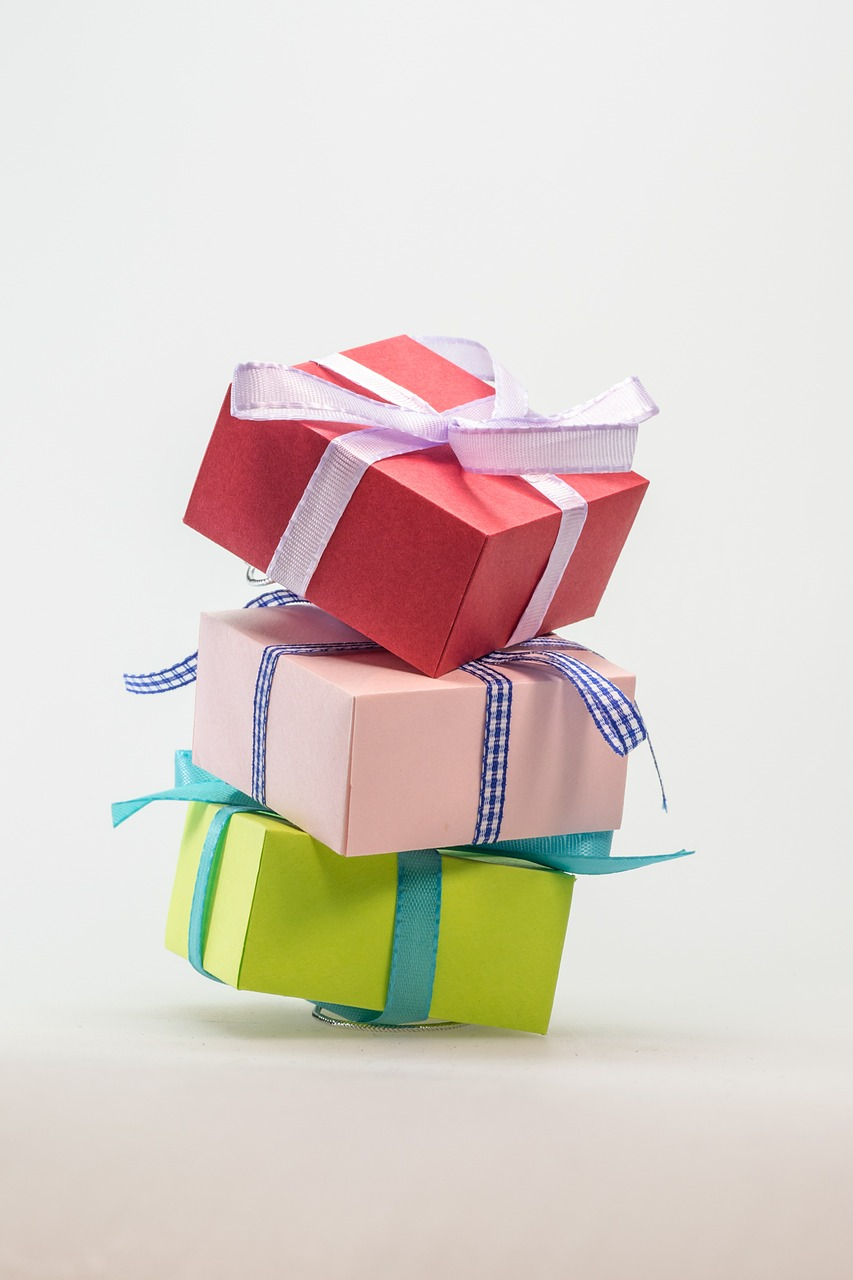 Hegging Increasingly Common in UK Families Wanting Gifts