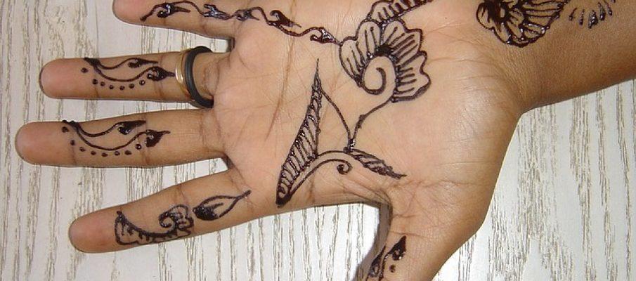 hand-wife-69272_640