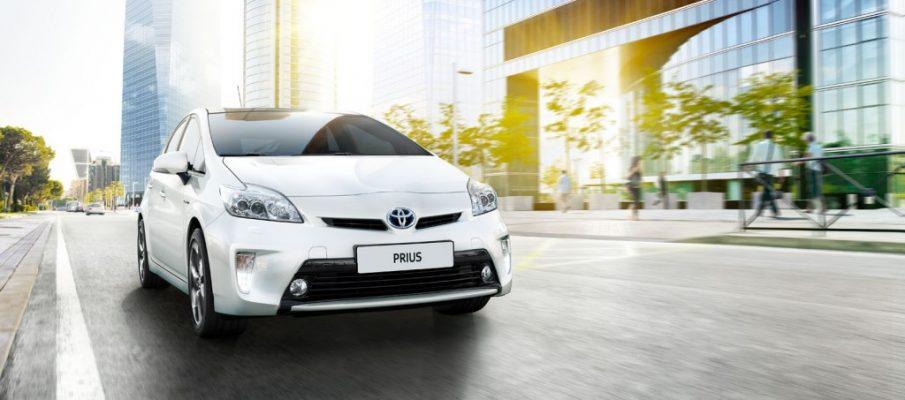 toyota-prius-2012-exterior-tme-001-full_tcm-3060-43935