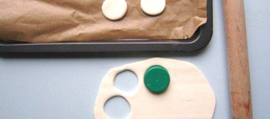 Making DIY clay disks