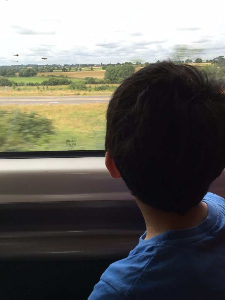 Travelling by train – London to Glasgow with Kids