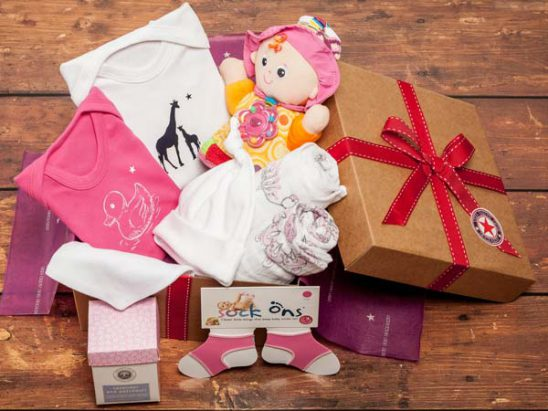 The Baby Box Company Baby Girls Luxury Hamper Review