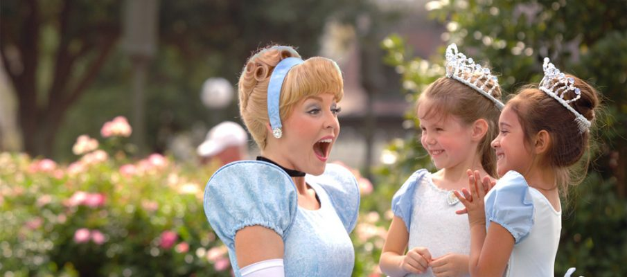 magic-kingdom-cinderella-kids-1