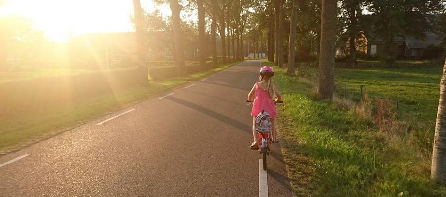 How To Plan Your Next Outdoor Activity Holiday With Kids.doc