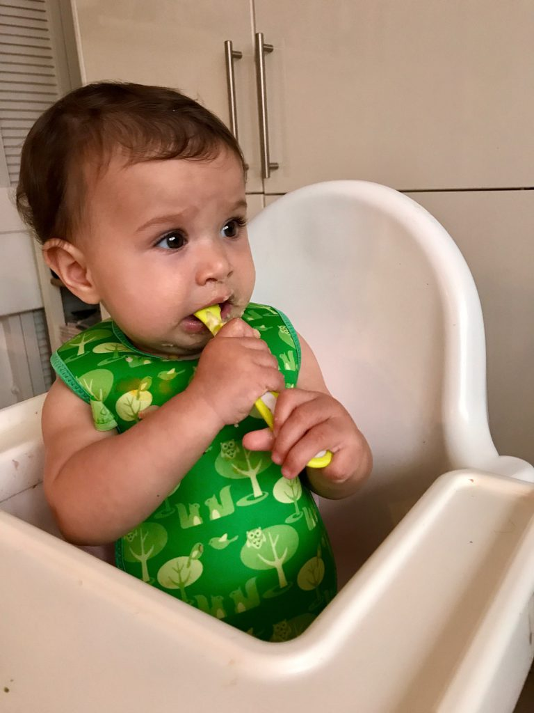 Weaning with HiPP, a Moment for Jars