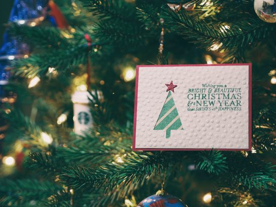 Ways To Create Festive Christmas Cards For The Holidays