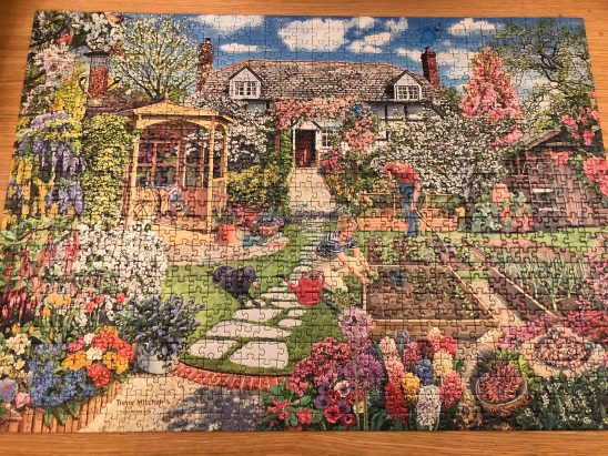 Ravensburger Gardening World Spring 1000 Piece Puzzle Review