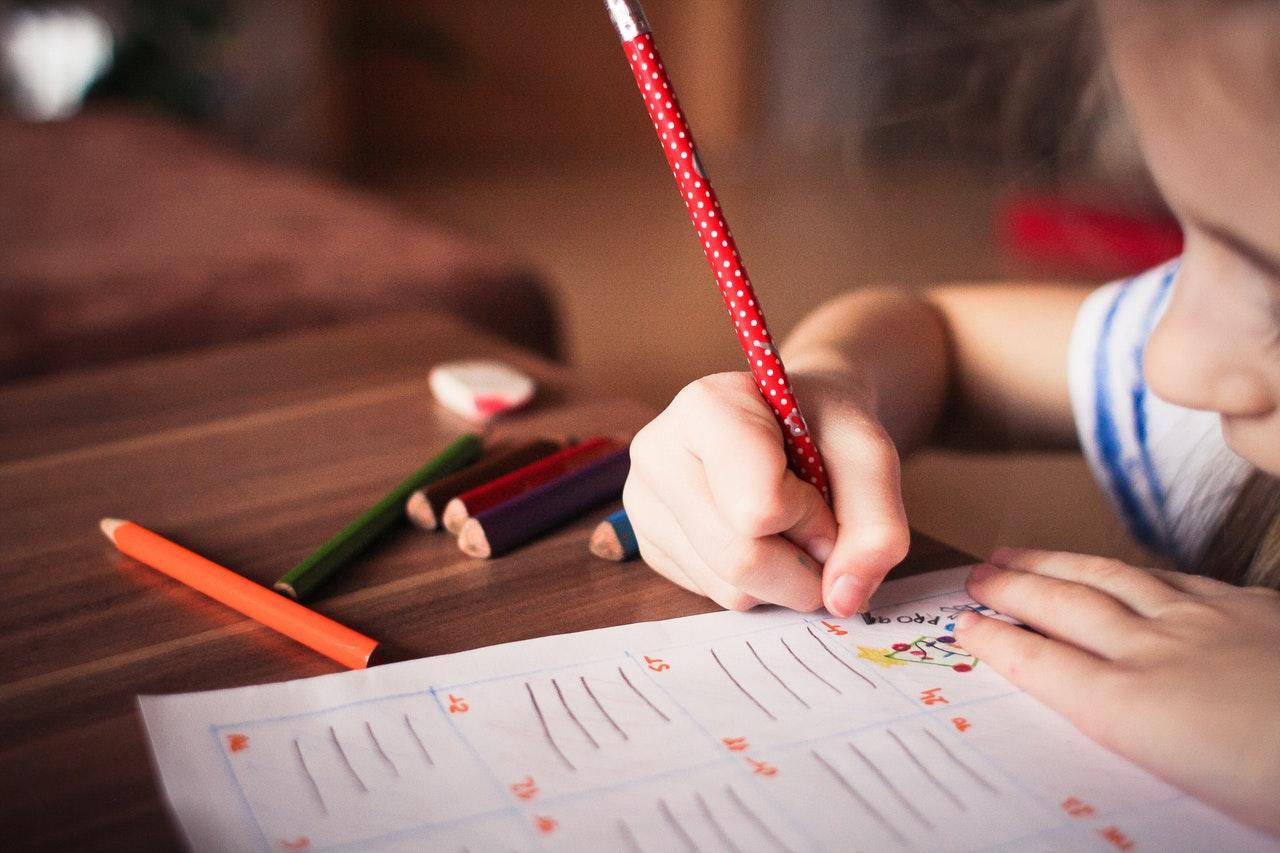 blur-child-classroom-256468