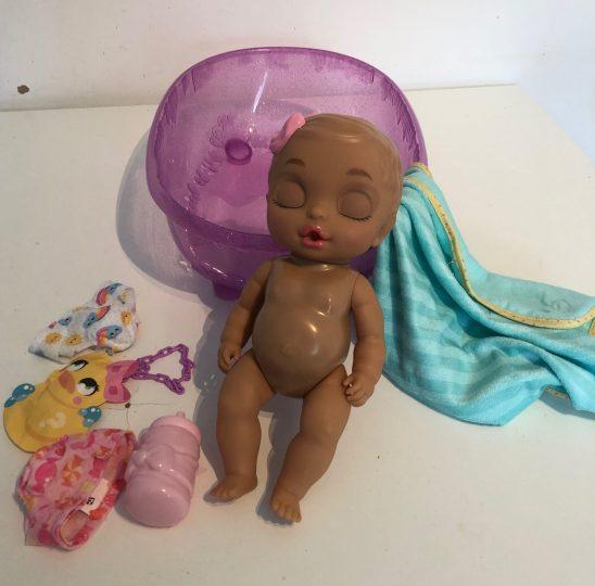 BABY born Surprise Bathtub Review