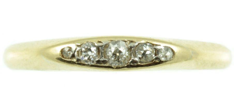 Victorian-18ct-gold-5-stone-diamond-ring-IMG_4868