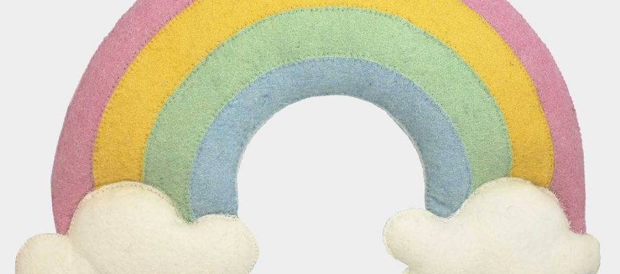 0021_fiona-walker-england-rainbow-wall-decoration_1024x1024